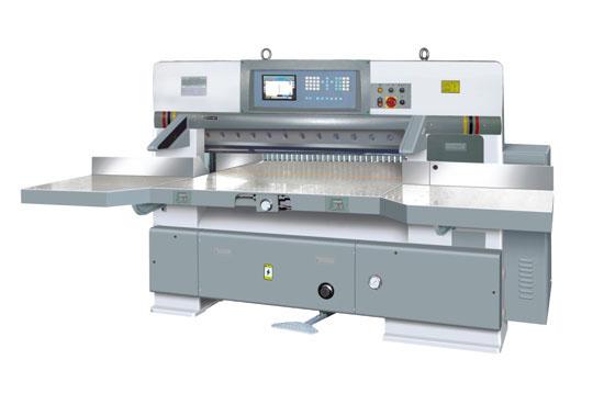 QZYW1370CT 15英寸触摸/按键微机切纸机